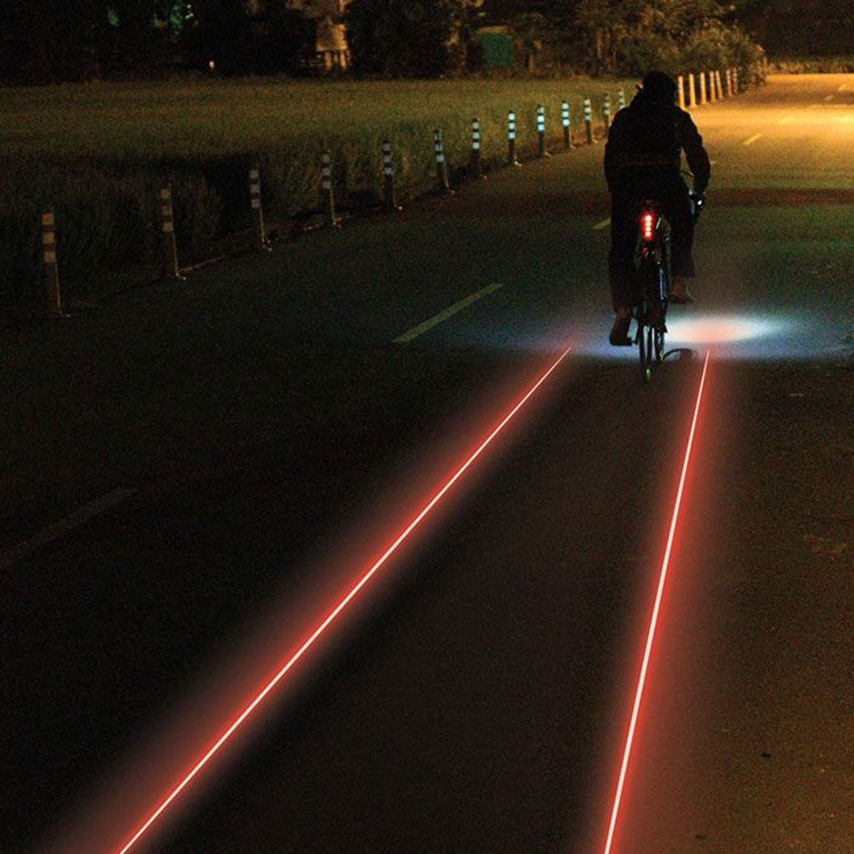 LUMIERE ARRIERE LEZYNE LASER DRIVE LED NOIR