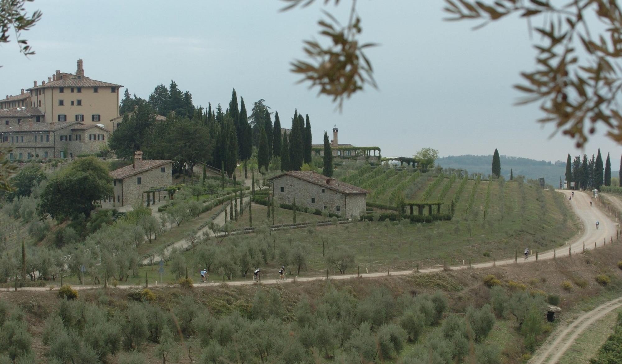 SUR LA ROUTE : Marc-André Lebeau sur les routes blanches d'Italie pour l'Eroica 2015