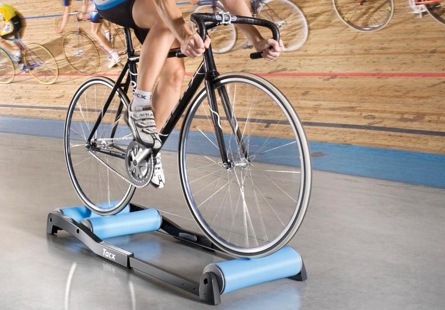 Base d'entraînement en vélo: tout ce qu'il faut savoir pour choisir la bonne
