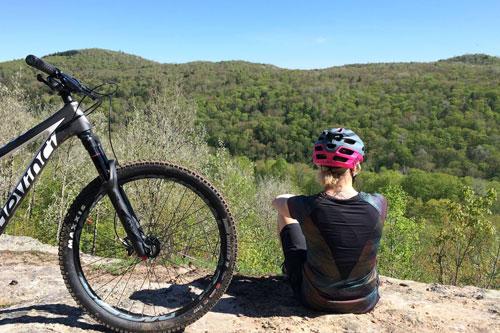 Voici les 10 meilleurs endroits pour faire du vélo de montagne au Québec en 2019